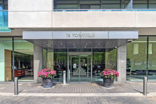 18 Yorkville Ave, Toronto
