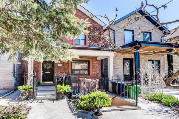 529 Crawford St, Toronto