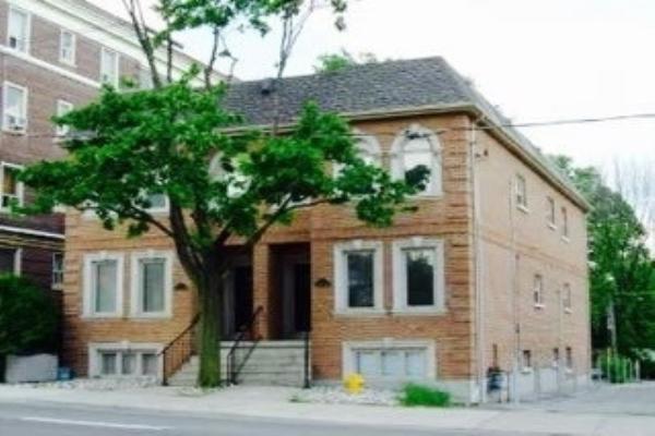 615/617 Eglinton Ave W, Toronto