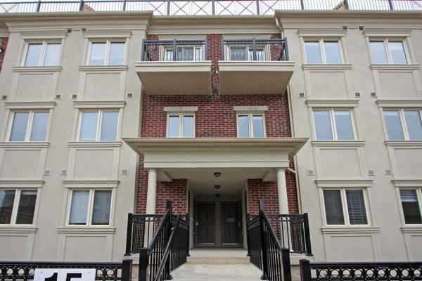 15 Coneflower Cres, Toronto