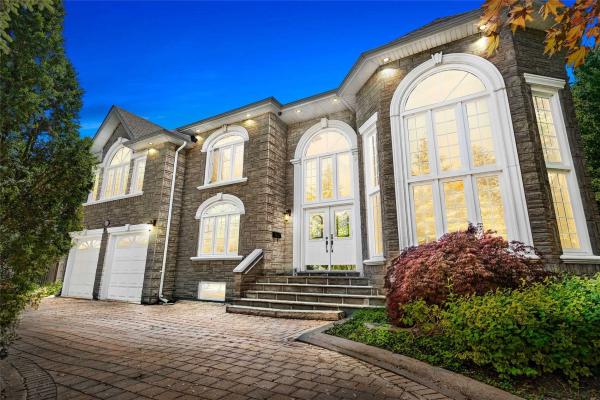 45 Leacroft Cres, Toronto