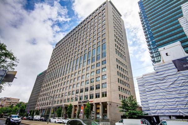 111 St Clair Ave W, Toronto