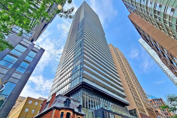 15 Grenville St, Toronto