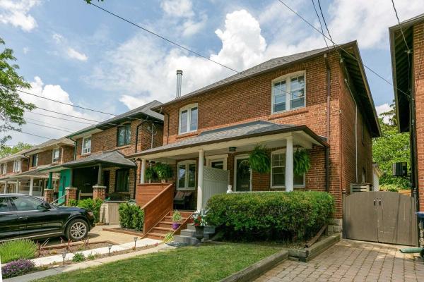 156 Fairlawn Ave, Toronto