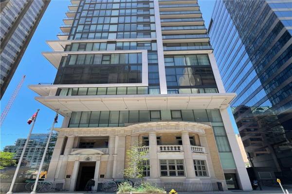 426 University Ave, Toronto