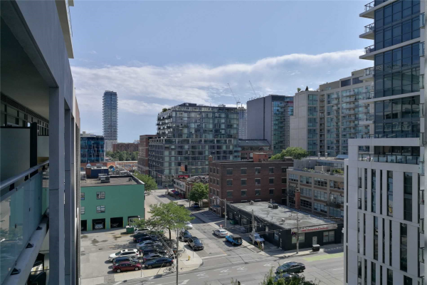 460 Adelaide St E, Toronto
