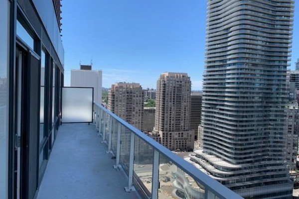 18 Maitland Terr, Toronto