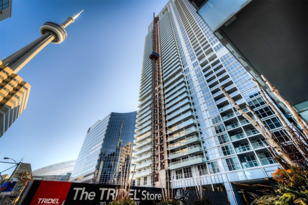 300 Front St, Toronto