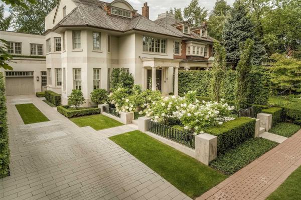 70 Chestnut Park Rd, Toronto