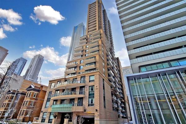 35 Hayden St, Toronto