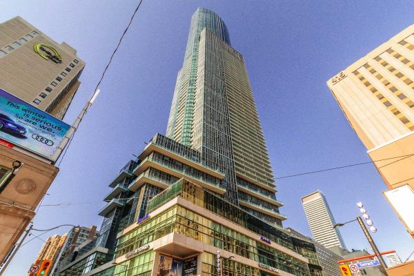 388 Yonge St, Toronto