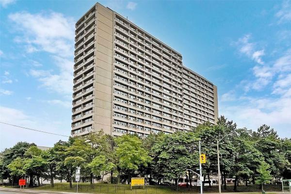 100 Leeward Glenway Way N, Toronto