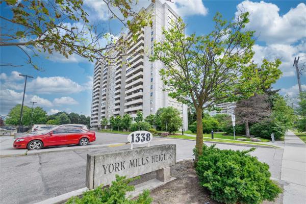 1338 York Mills Rd, Toronto