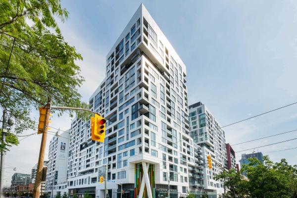 27 Bathurst St St, Toronto
