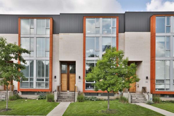 2958A Bayview Ave, Toronto