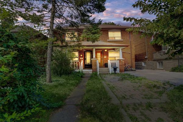26 Hector Ave, Toronto