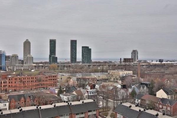 705 King St W, Toronto