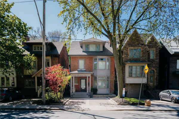 51 Farnham Ave, Toronto