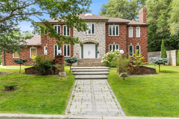 68 Cotswold Cres, Toronto