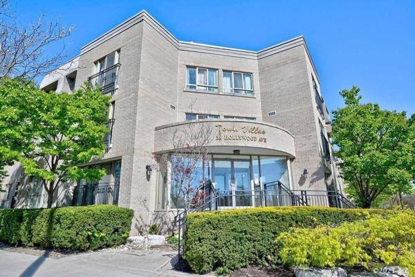38 Hollywood Ave, Toronto