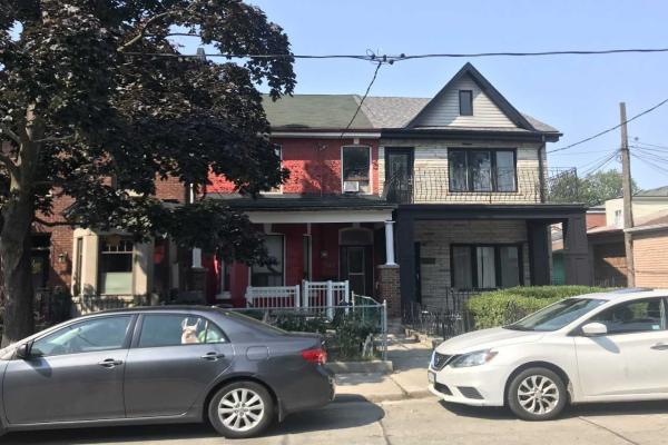 208 Lisgar St, Toronto