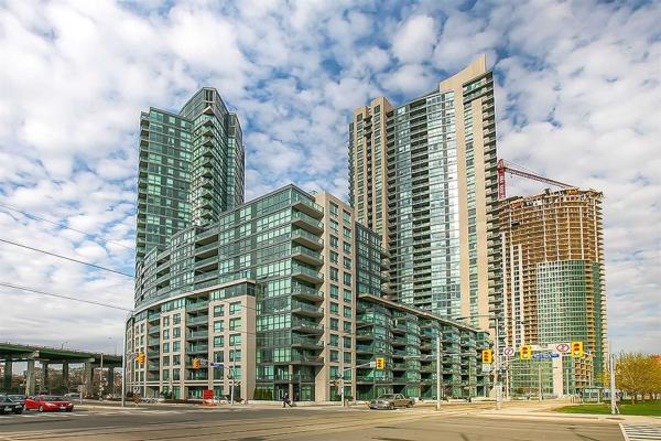 231 Fort York Blvd, Toronto