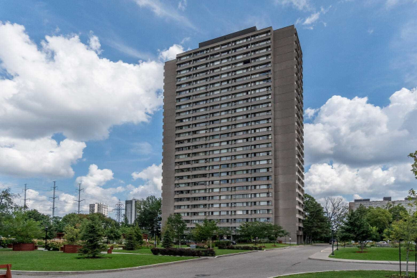 725 Don Mills Rd, Toronto