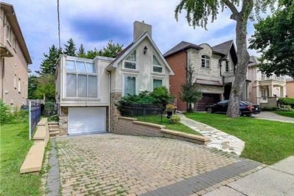 204 Holmes Ave, Toronto
