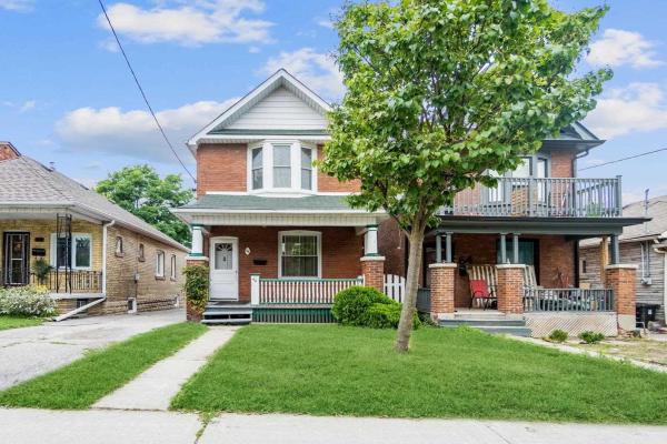 66 Belvidere Ave, Toronto