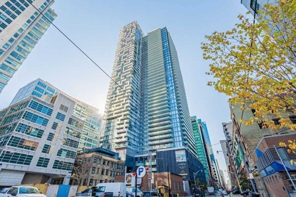 25 Richmond St E, Toronto