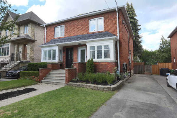 378 Old Orchard Grve, Toronto