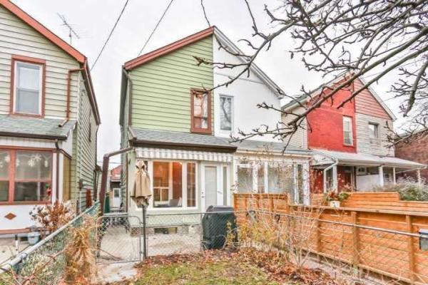 156 Montrose Ave, Toronto