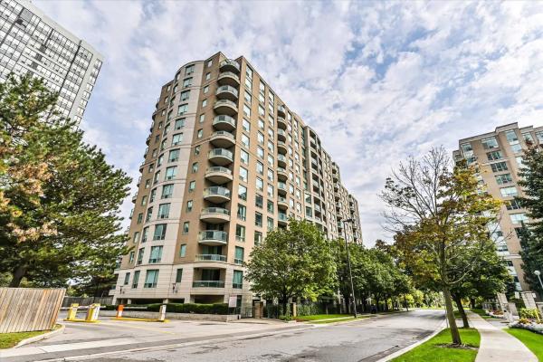 18 Pemberton Ave, Toronto