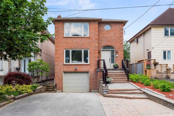 63 Burndale Ave, Toronto
