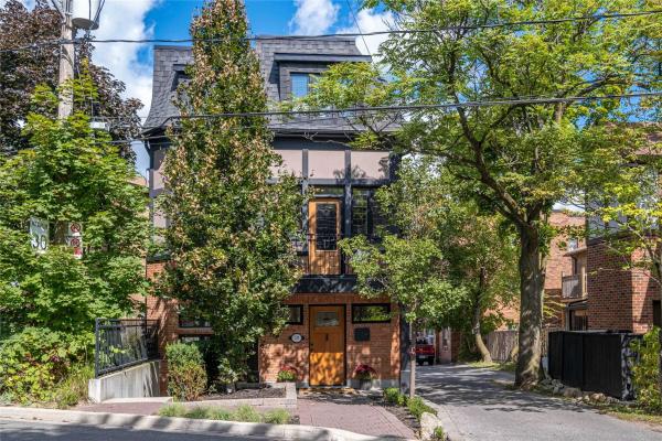 2B Croydon Rd, Toronto