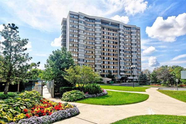 90 Fisherville Rd, Toronto