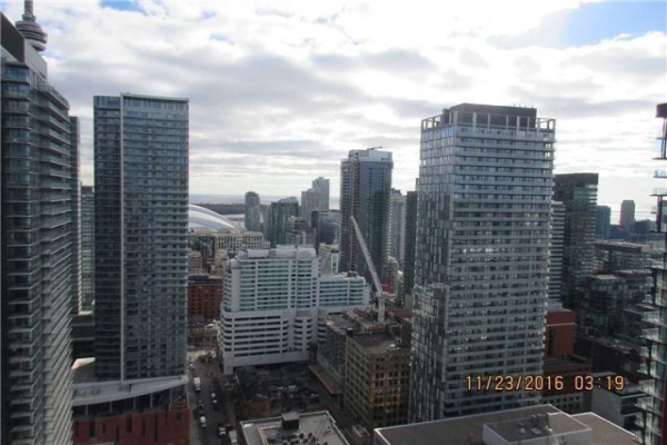318 Richmond St, Toronto