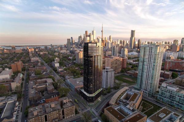 159 Wellesley St E, Toronto