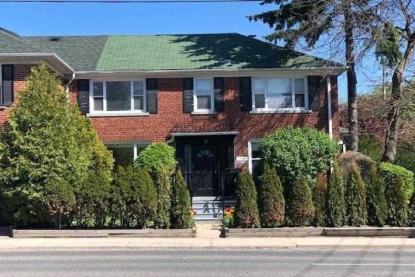 274 Rumsey Rd, Toronto