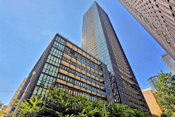 101 Charles St E, Toronto