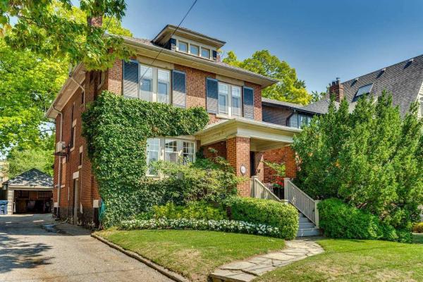 61 Clifton Rd, Toronto