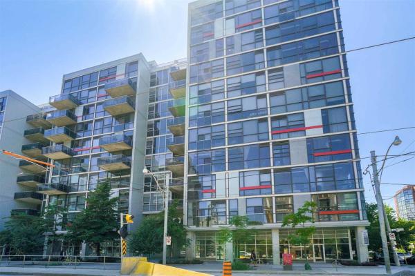 60 Bathurst St, Toronto