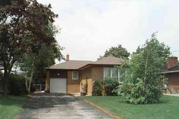 118 Stafford Rd, Toronto