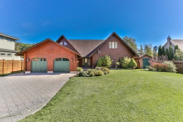 11171 Lakeridge Rd, Scugog