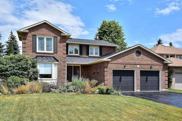 63 Farrow Cres, Ajax