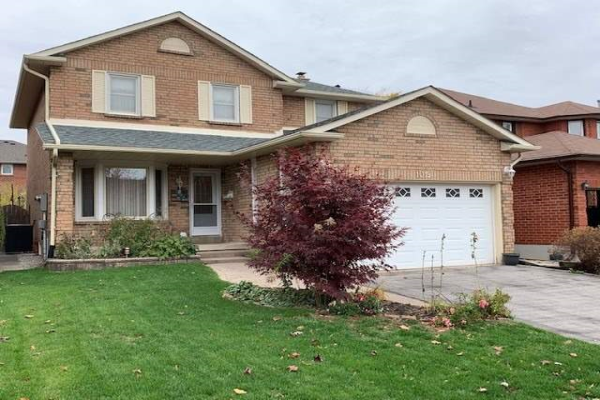 1019 Rouge Valley Dr, Pickering