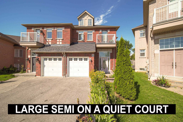 30 Dreamcrest Crt, Whitby