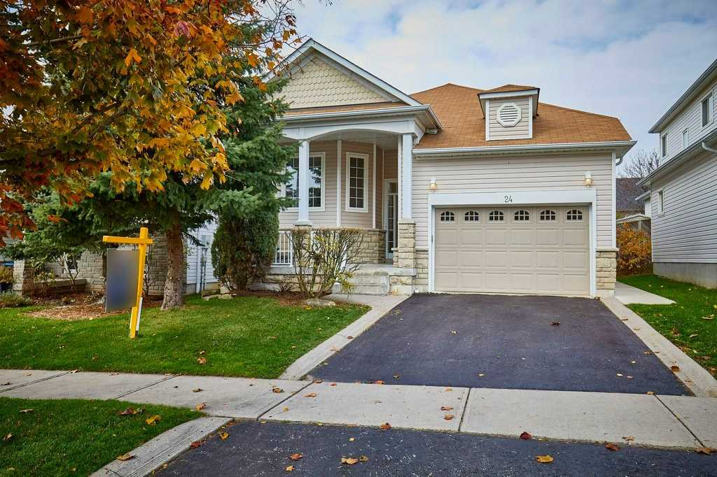 24 Cody Ave, Whitby