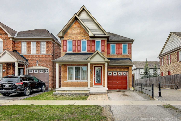 26 Marriner Cres, Ajax