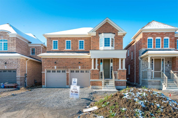 24 Bill Hutchinson Cres, Clarington